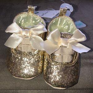 Baby Girl Golden Shoes!